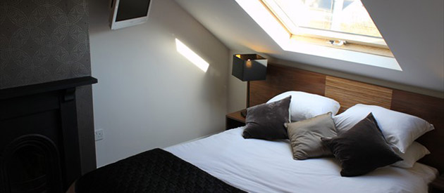 HOTEL ONE HUNDRED - Cardiff B&B
